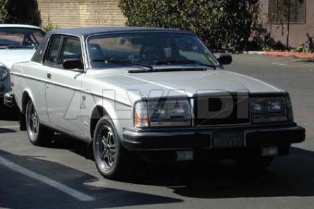 Volvo 260 (P262, P264, P265)