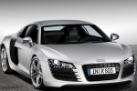 Audi R8 (42) Plastic renovation and conservation agent